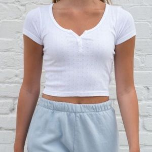 BRANDY MELVILLE Zelly Cropped T Shirt Button
